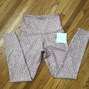 NWT, Beyond Yoga High Waisted Leggings, size S